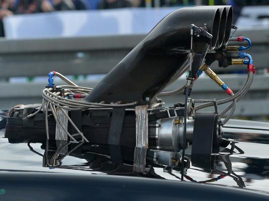 mosten_2016_dragrace-methanol_skp-racing